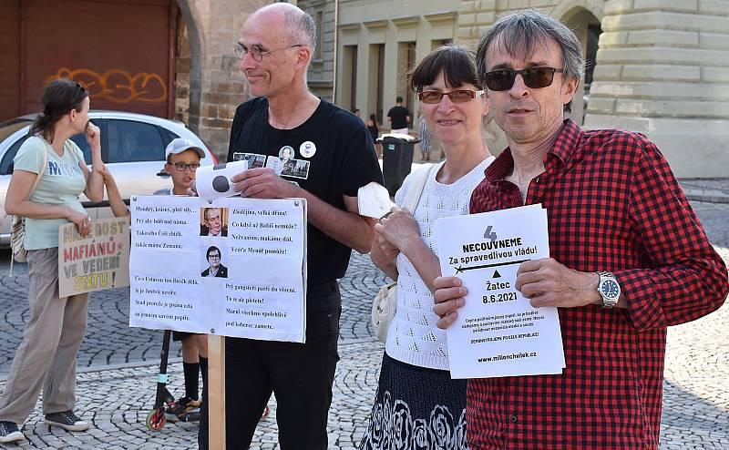 Demonstrace Milion chvilek pro demokracii v Žatci.