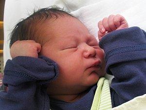 Teodor Djačuk se narodil  14. března 2018 ve 12.00 hodin mamince Kateřině Kákonové ze Žatce. Vážil 3200 g a měřil 51 cm.