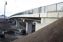 Otevření nového silničního mostu v Říční ulici v Lounech