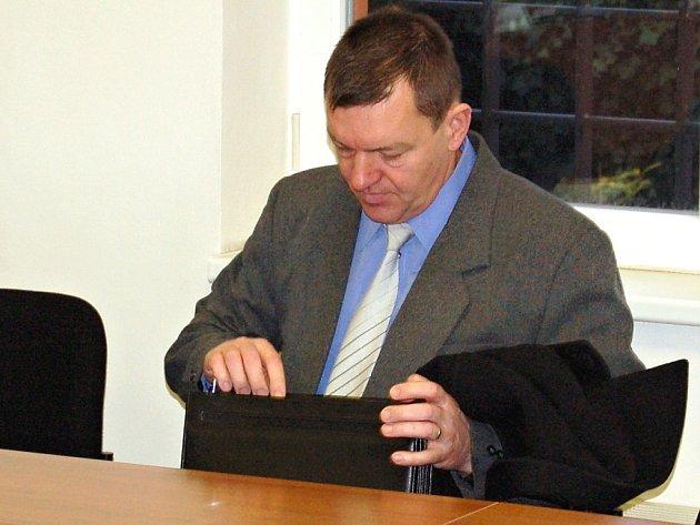 Jozef Holota u soudu v Lounech.