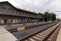 Hlavní vlakové nádraží v Žatci