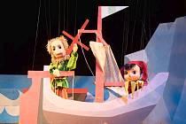 Pohádka o putování plachetnicí na Ostrov splněných přání v podání loutkového divadla Jitřenka