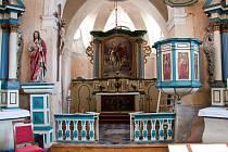 Opravený kostel ve Vidhosticích se dočkal požehnání