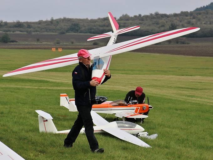 Setkání leteckých modelářů u Rané