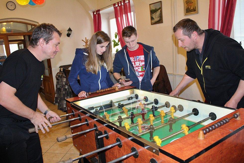 Turnaj ve stolním fotbálku v Ročově