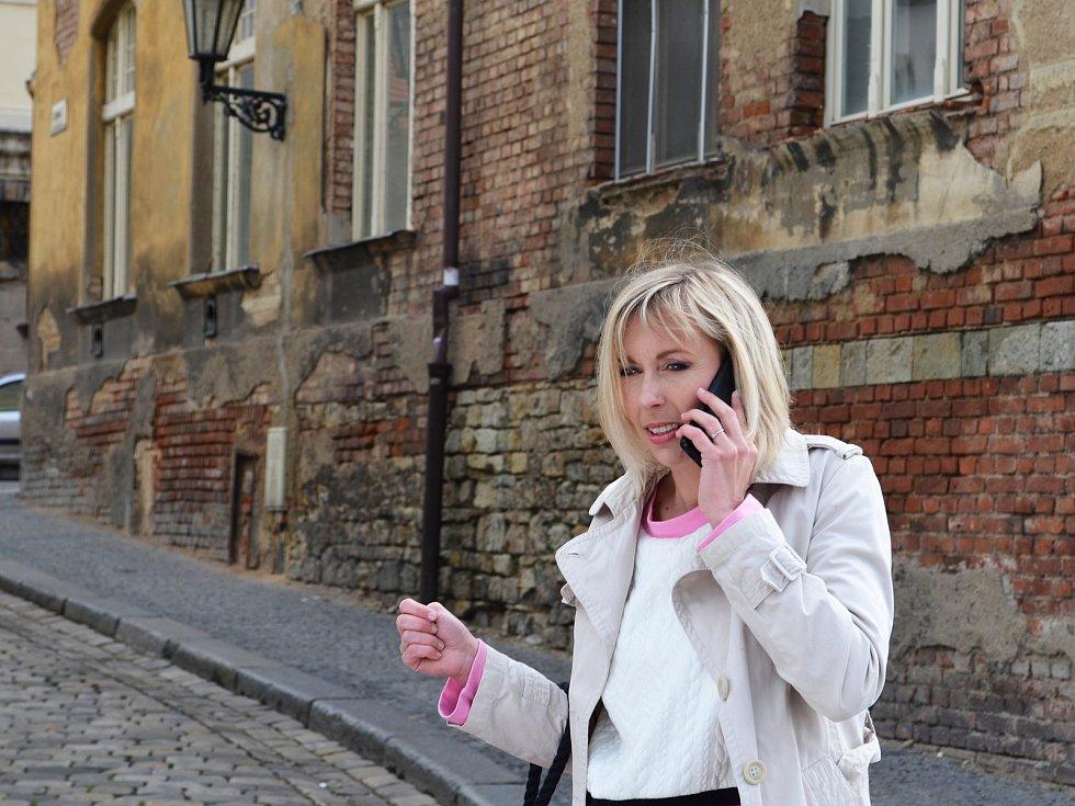 Žatečtí filmaři opět točí, tentokrát v ulicích města vzniká krátký snímek do celosvětové soutěže Nespresso talents.