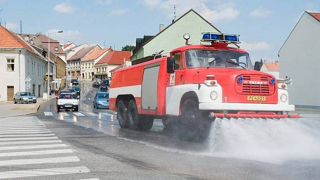 Kropicí vůz, ilustrační foto.
