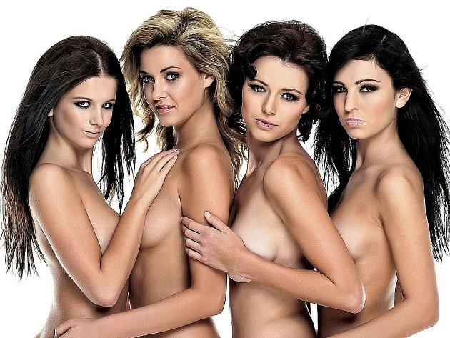 Kalendář Miss Hasička 2011 se čtyřmi nejúspěšnějšími dívkami