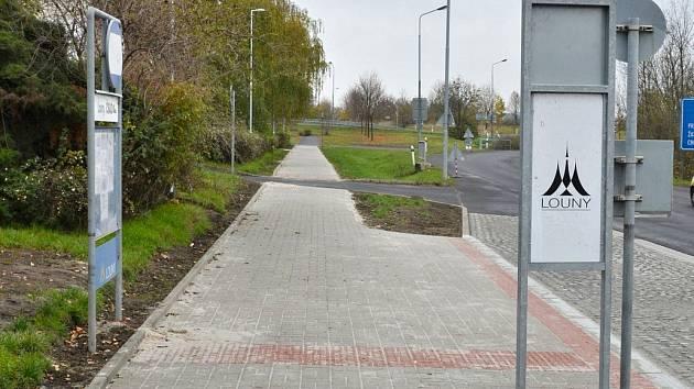 Nové chodníky v Postoloprtské ulici v Lounech