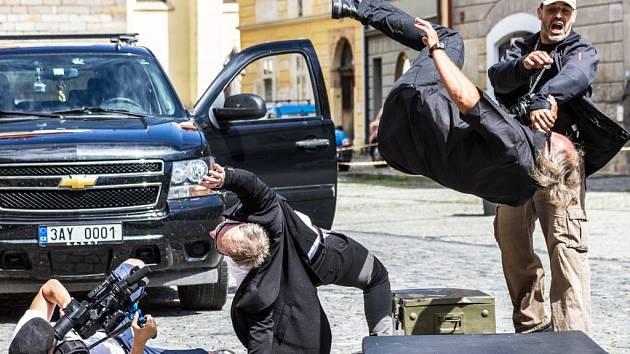 Snímek Hloubka ostrosti je plný akčních scén.