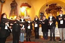 V kostele v Holedečku se konal adventní koncert.