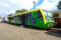 Nový motorový vlak, který bude jezdit na Švestkové dráze.
