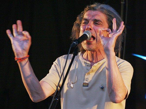 Vystoupení kapely Krausberry sfrontmanem Martinem Krausem