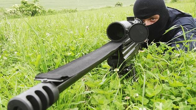 Elitní odstřelovač z ústecké policejní zásahové jednotky a úřadující mistr světa