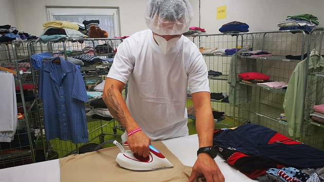 Žatečtí vojáci nyní pomáhají v několika sociálních zařízeních na severozápadě Čech.