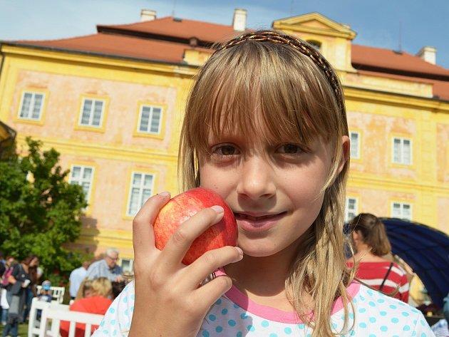 Jablečný den na zámku v Krásném Dvoře