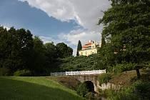 Zámecký park - Krásný Dvůr.