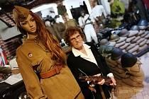 Veteránka Naděžda Brůhová navštívila Válečné muzeum v Libočanech.