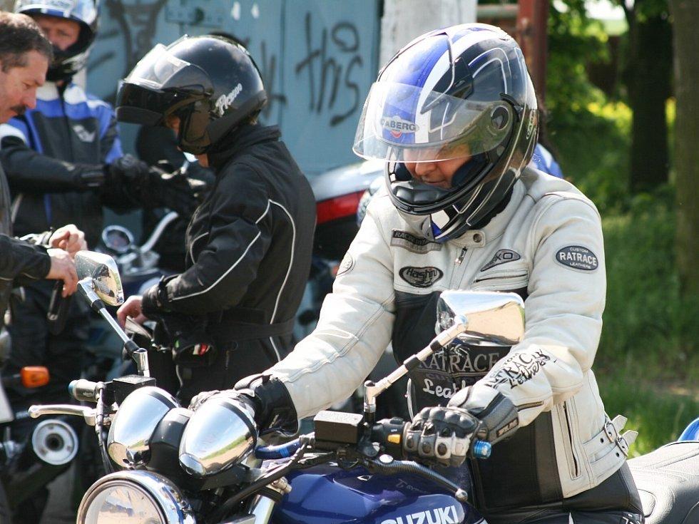 Sraz motorkářů, jehož součástí byla preventivní akce.