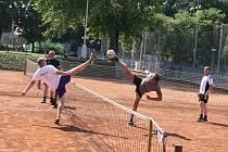 Nohejbal na stadionu Mládí v Žatci. Ilustrační foto