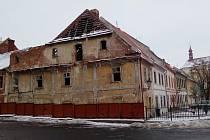 Dům na rohu Žižkova náměstí a Horovy ulice, který chce Žatecký pivovar přeměnit na muzeum.