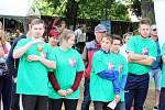 LOUNSKÉ PODLESÍ SOUTĚŽILO. Různé netradiční soutěže si vyzkoušely týmy z obcí z Lounského Podlesí na tradičním zábavném setkání.