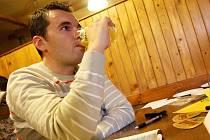 V lounské restauraci U Somolů se degustovaly vzorky piva