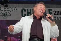 Karel Gott byl hlavní hvězdou Dočesné v Žatci v roce 2007. Jeho vystoupení si nenechaly ujít desetitisíce fanoušků