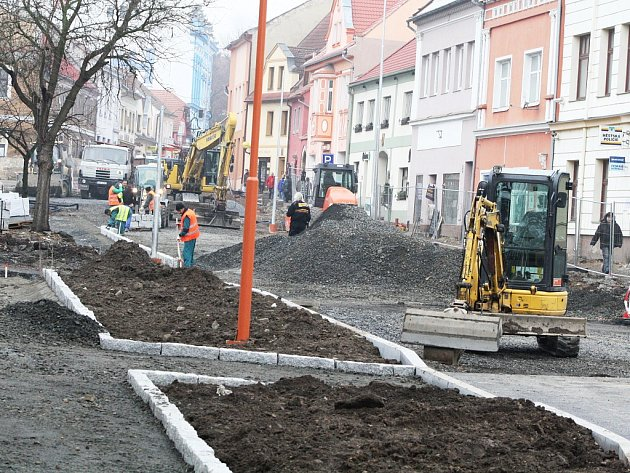 Rekonstrukce Mírového náměstí v Postoloprtech