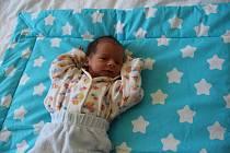 Martin Vacek se narodil v kadaňské porodnici 24. dubna 2019 v18:08 hodin. Vážil 2,3 kg, měřil 45 cm. Maminka Vendula Vacková, tatínek Lukáš Vacek žijí v Žatci