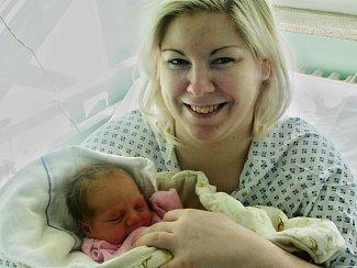 Anna Volkmanová se narodila 4. dubna 2018 v 11.04 hodin mamince Michaele Volkmanové ze Žatce. Vážila 3 kg a měřila 49 cm.