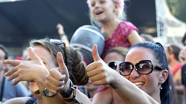 Publikum na festivalu Rock for Churchill 2015