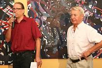 Ředitel divadla Vladimír Drápal (vlevo) a Václav Jíra