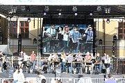 Big Band Milana Bitnera na hlavní scéně Letního lounského vábení 2014