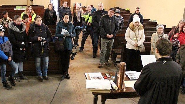 Příprava poselství v žateckém kostele