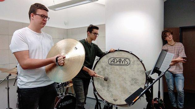 Žáci Základní umělecké školy vLounech si zahrají se Severočeskou filharmonií
