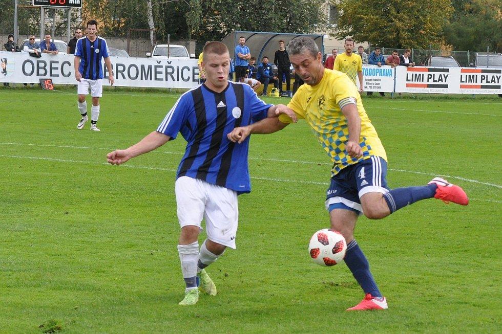 Utkání rozdílných poločasů, ve kterém fotbalistů Dobroměřic (ve žlutém) nestačilo k výhře nad Bílinou ani dvoubrankové vedení.