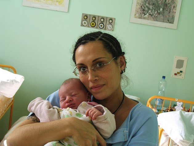 Mamince Pavlíně Kylouškové ze Žatce se 3. března v 1.36 hodin narodil syn Vilém Kyloušek. Vážil  3,78 kilogramu a měřil 52 centimetrů.