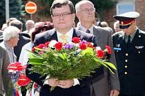 Vzpomínka na válečného hrdinu Otakara Jaroše v jeho rodných Lounech.