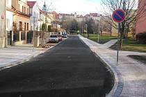 Erbenova ulice v Žatci prošla rekonstrukcí.