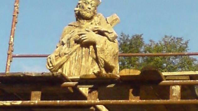 Socha sv. Jana Nepomuckého v Želči