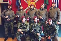 Vojáci ze Žatce vybojovali bronzové medaile v prestižní soutěži hlídek ve Walesu.