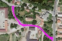 V Radíčevsi se dočká nového povrchu cesta kolem kostela mezi silnicí I/27 Most - Žatec a komunikací na Čeradice.