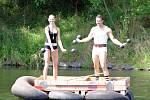 Sobotní neckyáda v Žatci - tradiční veselá plavba po Ohři do Zálužic.