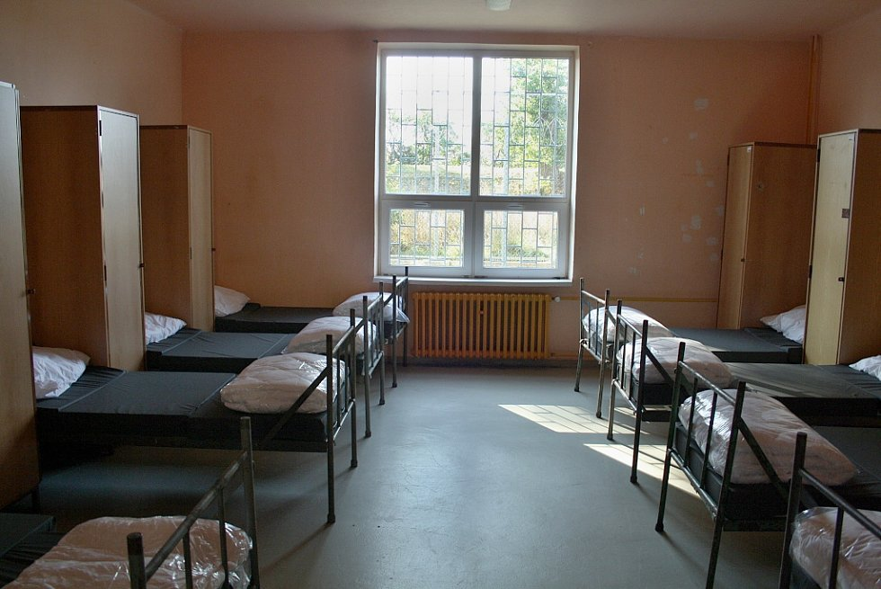 Tady budou dočasně bydlet nelegální migranti, zchycení na území ČR