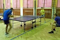 Stolní tenis v Kryrech