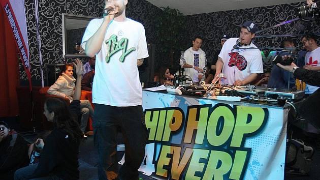 Hip hop párty s názvem Hip Hop 4Ever! v Lounech