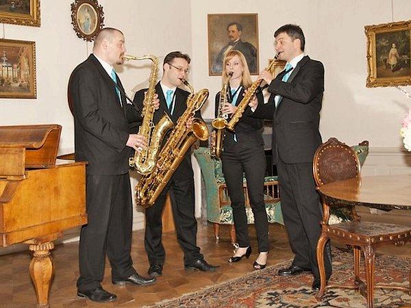 Harmony Quartet zahraje na zámku vKrásném Dvoře.
