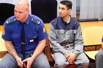 Emil Grundza při jednání o obnově procesu u ústeckého krajského soudu