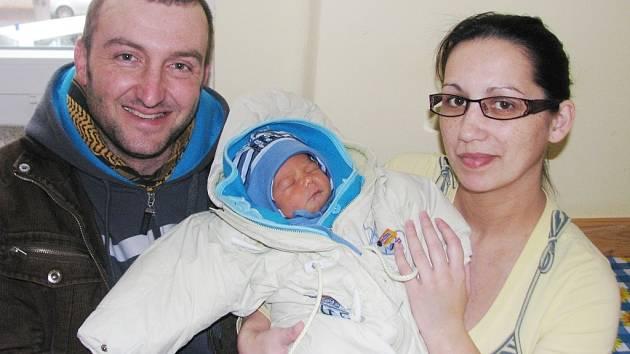 Mamince Renatě Medunové z Postoloprt se 10. ledna 2014 v 0.18 hodin narodil synek Jan Fiala. Vážil 3410 gramů a měřil 51 centimetrů.